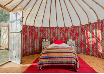retreat-yurt-bed